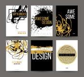 Um grupo de folhetos com elementos desenhados à mão dourados do projeto Vector moldes do folheto, cartazes, insetos, tipo dourado Imagem de Stock