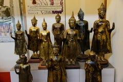 Um grupo de imagens de buddha do século XIII Fotos de Stock