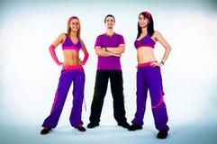 Um grupo de instrutores da dança Fotos de Stock