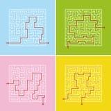 Um grupo de labirintos quadrados Um jogo para crianças e adultos Ilustração lisa simples do vetor Com a resposta Imagem de Stock