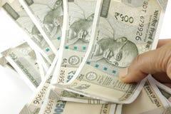 Um grupo de rupias indianas fotos de stock royalty free