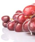 Um grupo do fruto da uva vermelha mim Fotografia de Stock