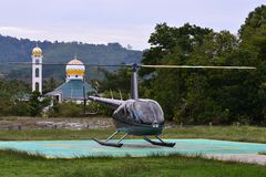 Um helicóptero está pronto para decolar fotos de stock royalty free