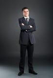 Um homem de negócios novo e considerável na roupa formal Imagem de Stock