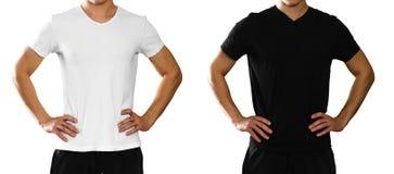 Um homem em um t-shirt branco e preto limpo vazio Front View Iso fotos de stock