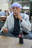 Um homem no bazar de Urfa em Turquia Foto de Stock