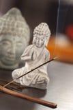 Um incenso na tabela em casa Fotografia de Stock