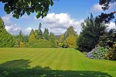 Um jardim inglês do país Fotos de Stock Royalty Free