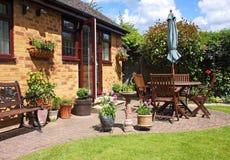 Um jardim traseiro inglês Foto de Stock