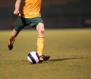 Um jogador de futebol Imagem de Stock Royalty Free