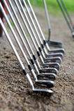 Um jogo de clubes de golfe Imagem de Stock