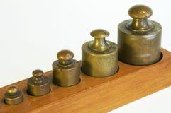 Um jogo de pesos da ligação Fotografia de Stock