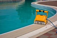 Um líquido de limpeza da água para piscinas de limpeza Fotografia de Stock Royalty Free
