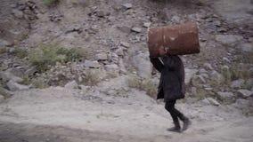 Um ladrão, um criminoso leva um tambor roubado filme