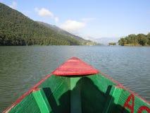 Um lago bonito foto de stock royalty free