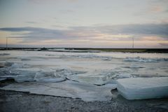 Um lago congelado em Islândia Imagem de Stock