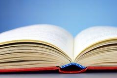 Um livro aberto Imagem de Stock Royalty Free