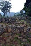 Um local megalítico em Java ocidental, Indonésia Tem milhares de fotografia de stock royalty free