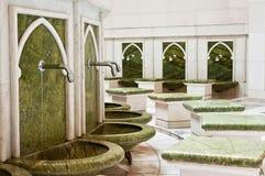 Um lugar para lavar os pés em Sheikh Zayed Mosque Fotografia de Stock Royalty Free