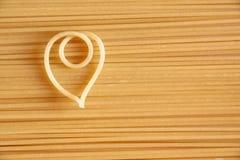 Um macarronete coração-dado forma foto de stock