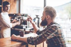 Um mais café por favor! Imagem de Stock Royalty Free
