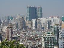 Um mar dos prédios de apartamentos ilustra uma boa imagem do Macau densamente povoado imagens de stock royalty free