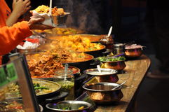 Um mercado do alimento da rua Imagem de Stock Royalty Free