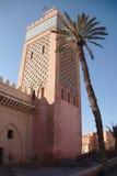 Um minarete alcança para o céu Imagem de Stock