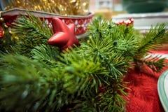 Um mini ornamento da estrela para o Natal Fotografia de Stock Royalty Free