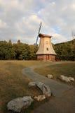 Um moinho de vento Fotografia de Stock