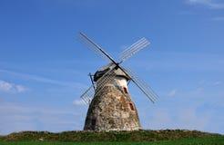 Um moinho de vento Imagens de Stock