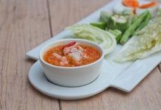 Um molho da pasta e do pimentão do camarão Imagem de Stock