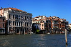 Um momento quieto no canal grandioso, Veneza Imagem de Stock Royalty Free