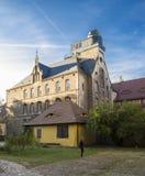 Um monastério católico velho que abrigue agora o Landesschule Pforta, Internatsgymnasium Lugar Sachsen-Anhalt do turista, Alemanh imagens de stock