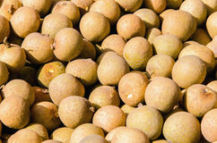 Um número de Longan no mercado de fruto Foto de Stock