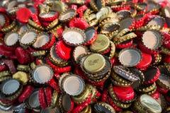 Um número de tampões de garrafa do ferro Imagem de Stock