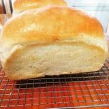 Um naco de pão cozido fotografia de stock