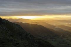 Um nascer do sol de Langdale Fotos de Stock