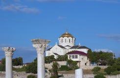 Um olhar na catedral de St Vladimir em Chersonesos Foto de Stock Royalty Free