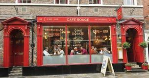Um olhar no vermelho do café, York, Inglaterra Imagens de Stock