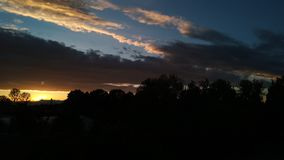 Um outro céu nebuloso foto de stock royalty free