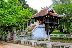 Um pagode da coluna, Hanoi Vietname fotografia de stock