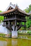 Um pagode da coluna, Hanoi Vietname foto de stock