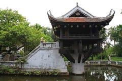 Um pagode da coluna, um dos lugares os mais famosos, em Hanoi imagens de stock royalty free