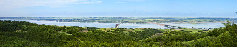 um panorama de 180 graus do Rio Missouri Imagem de Stock