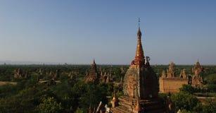 Um panorama de templos bagan Fotos de Stock