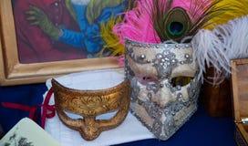 Um par de máscaras do carnaval dos mediados do século XIX fotos de stock royalty free