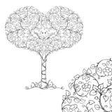 Um par de pássaros na coroa da árvore do coração ilustração do vetor