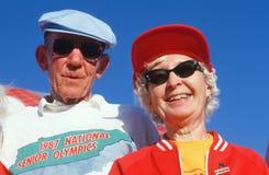 Um par sênior nos Olympics sênior Imagem de Stock