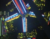 Um passeio da noite no dinamitador da praia, Belmont Park, San Diego, CA, EUA fotografia de stock royalty free